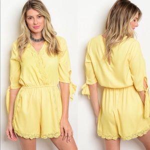 Yellow Romper Jumpsuit (PRICE IS SET) 💕